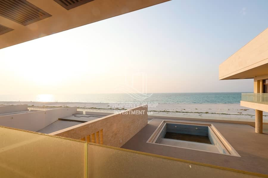 23 Premium & Meticulously Designed Villa with Full Sea View!