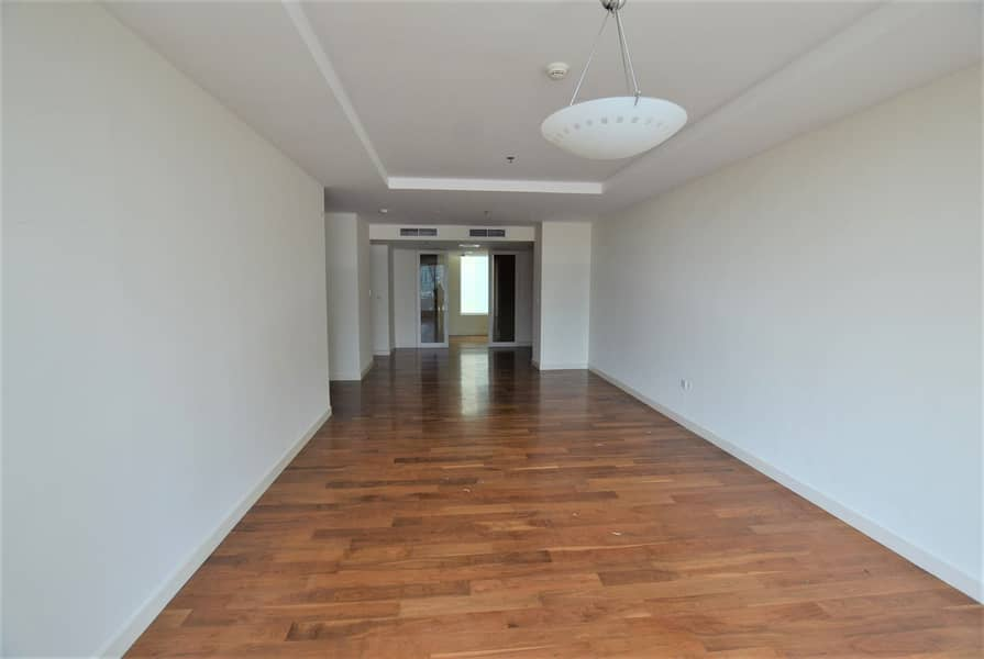 Bright 3 BR | Storage | High Floor with Zabeel View