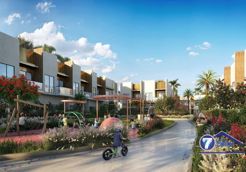 2 2 BR+ Maid Townhouse | Amazing Offer | Meydan