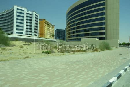 Plot for Sale in Dubai Silicon Oasis, Dubai - G+8 Residential plot in DSO on the road