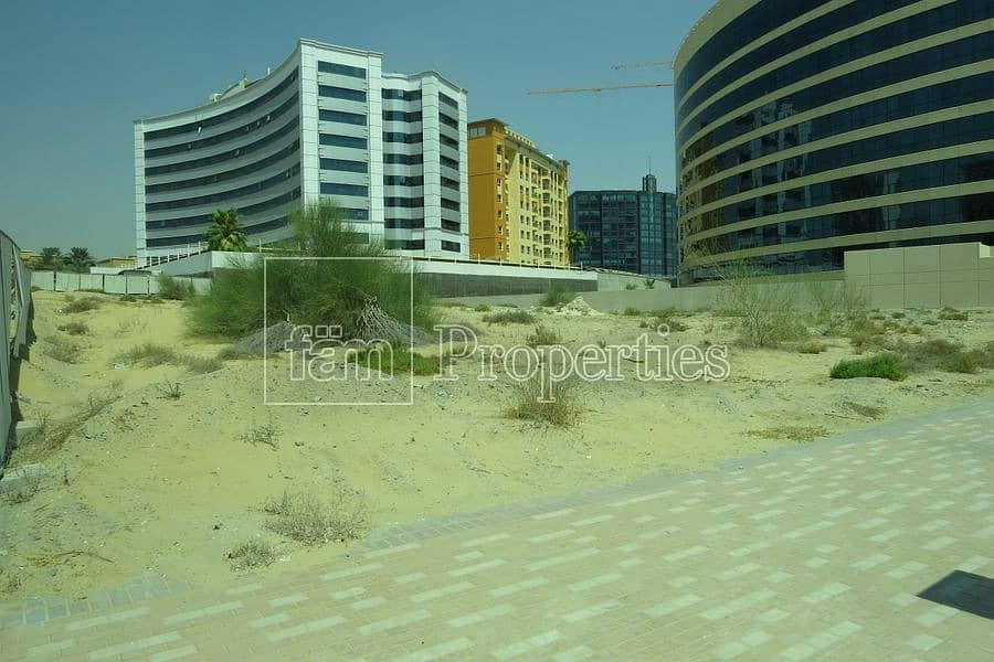 2 G+8 Residential plot in DSO on the road