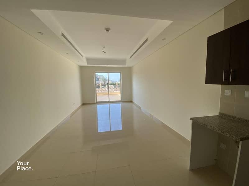 11 Chiller free-Ground floor-Terrace Studio