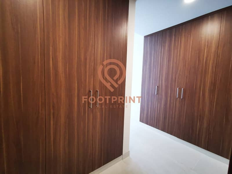 2 Offering 1 Month Free / 1BR / Specious apartment / 55k by 12chq