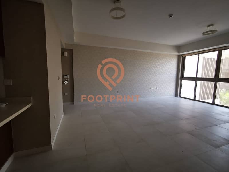 10 Offering 1 Month Free / 1BR / Specious apartment / 55k by 12chq