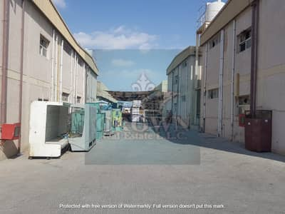 Warehouse for Sale in Al Jurf, Ajman - labour camp middle view