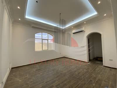 7 Bedroom Villa for Rent in Zakher, Al Ain - Brand New Triplex Independent Villa with Elevator