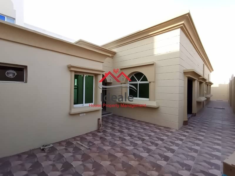 2 Deluxe 3BR villa in excellent location   maid and driver room