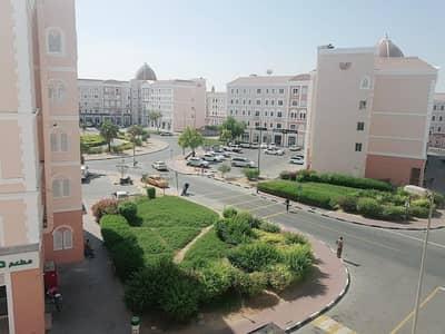 استوديو  للايجار في المدينة العالمية، دبي - شقة في الحي الإيطالي المدينة العالمية 17000 درهم - 4915286