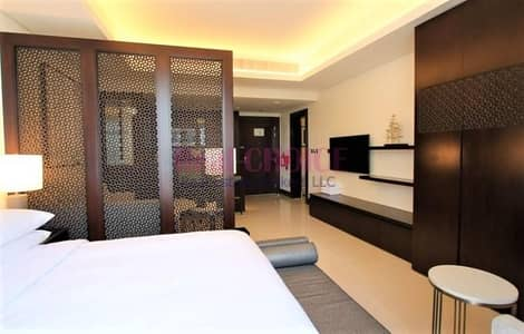 شقة فندقية  للايجار في وسط مدينة دبي، دبي - Highest floor Fully Serviced/All Bills inclusive