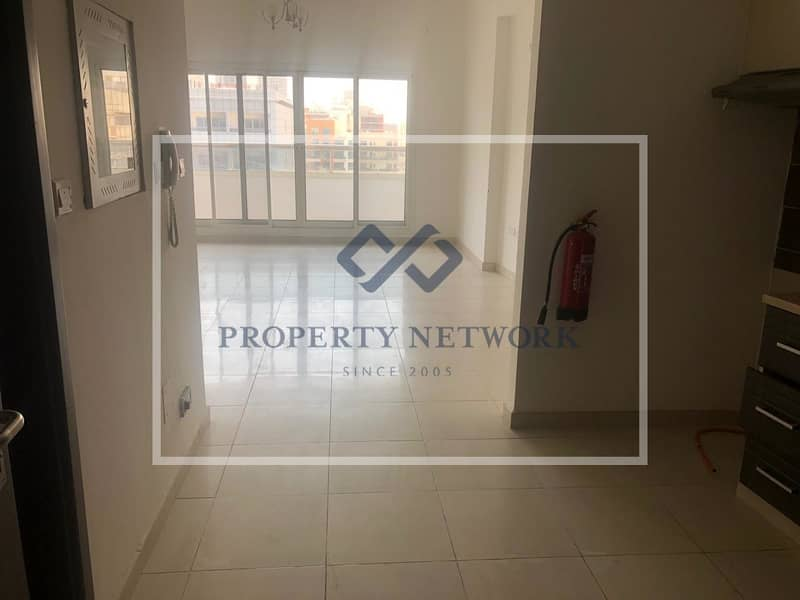 RENTED UNIT|POOL VIEW|SILICON HEIGHTS 2