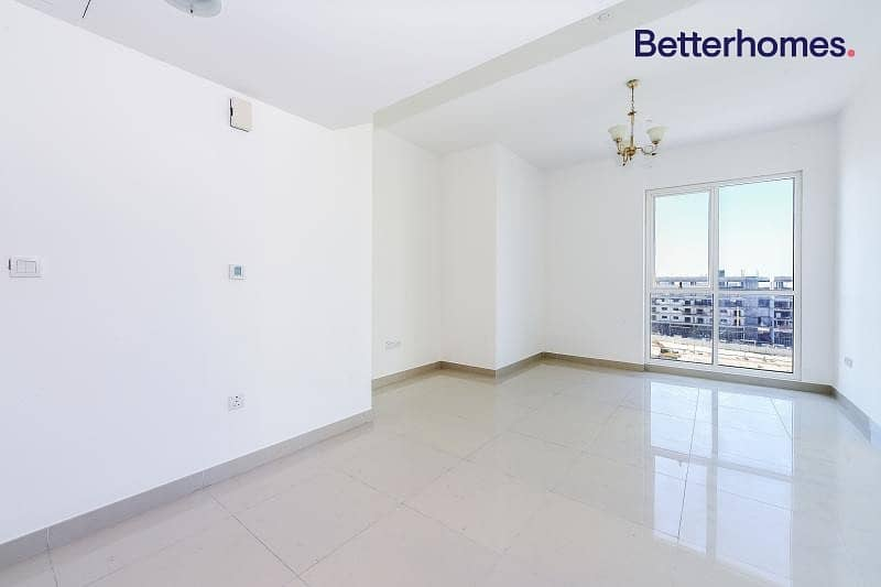 Vacant in Jan | Lake View|Corner Unit I Immaculate