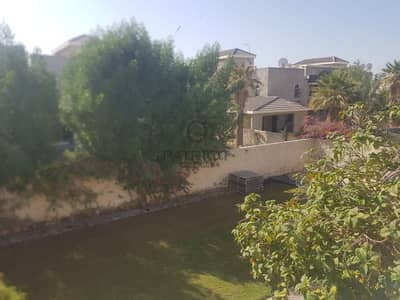 BRIGHT 4 BR WITH PRIVATE LARGE GARDEN IN JUMEIRAH