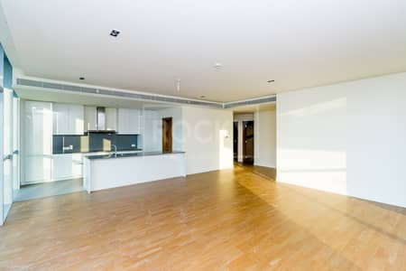 3 Bedroom Flat for Rent in Jumeirah, Dubai - 3-Bed | Plus Maids and Laundry | City Walk