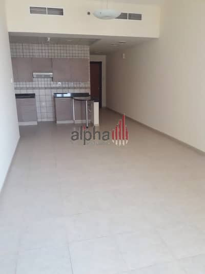 1 Bedroom Flat for Sale in Dubai Silicon Oasis, Dubai - With Balcony |  Palace Tower |  Rented 1 BHK | DSO