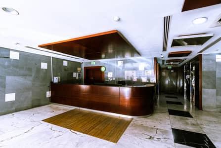 استوديو  للايجار في الخان، الشارقة - Spacious Studio Apartment for Rent in Al Khan 6 Tower - 3 Months Free for the First 300 Clients