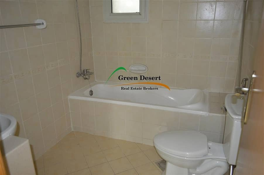 9 Well maintained 1 BR Corner unit Villa view Axis 6