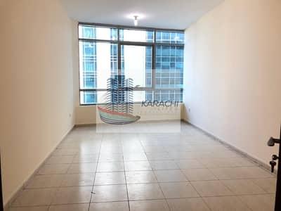شقة 2 غرفة نوم للايجار في شارع الشيخ خليفة بن زايد، أبوظبي - Spacious 2 Bedroom Apartment With Parking In Al Mamoura