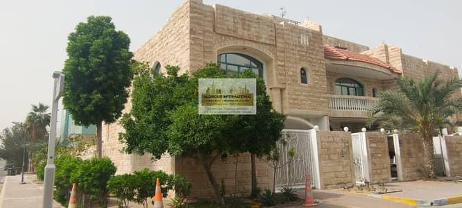 5 Bedroom Villa for Rent in Al Karamah, Abu Dhabi - Excellent 5 Bedroom Villa