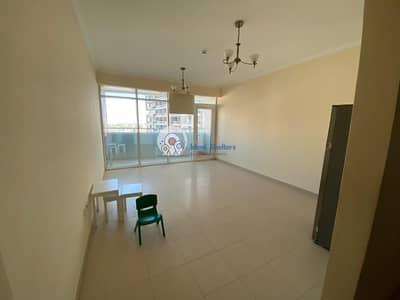 فلیٹ 1 غرفة نوم للايجار في مدينة دبي الرياضية، دبي - Chiller Free | Specious 1BR | Closed Kitchen White Goods