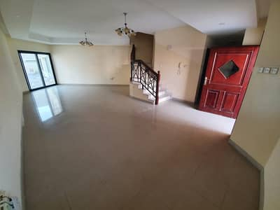 4 Bedroom Villa for Rent in Mirdif, Dubai - **GRAB THE DEAL**LARGE 4BR-PVT ENTRANCE-MAID-AWAY FROM FLIGHT PATH FOR JUST