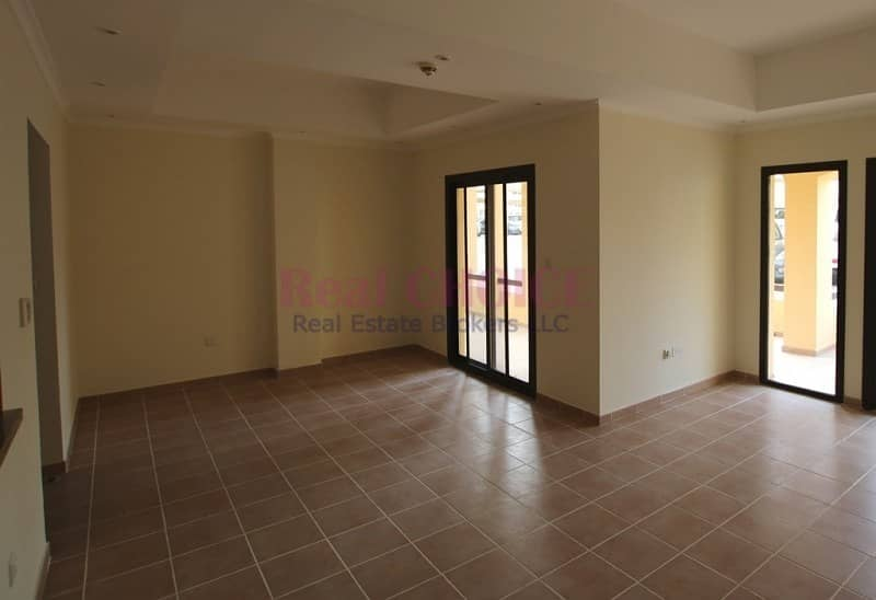 2 Ground floor big 2BR Apartment with 12chqs payment