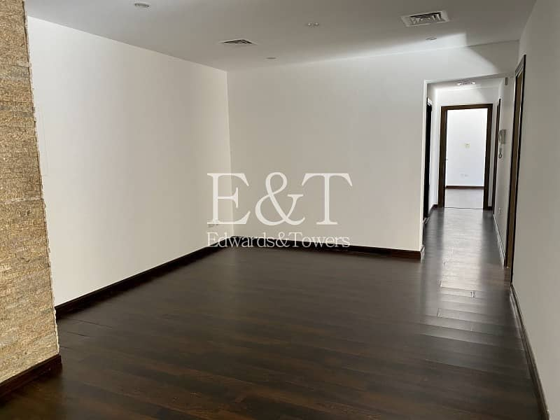 2 Stunning 3 Beds Upgraded   Getting Vacant