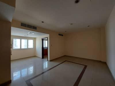 شقة 2 غرفة نوم للايجار في النهدة، الشارقة - شقة في برج القمر 1 النهدة 2 غرف 28000 درهم - 4918556