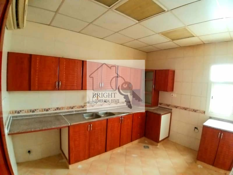 2 Specious 4Bhk Apartment With Duct AC For Rent In Sarooj 45K