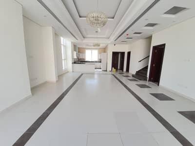 فیلا في الطي 4 غرف 105000 درهم - 4918767