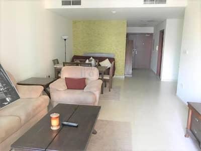 2 Bedroom Apartment for Sale in Dubai Marina, Dubai - With Balcony & Great Views - 2BR Flat in Dubai Marina