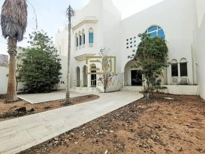 5 Bedroom Villa for Rent in Al Khalidiyah, Abu Dhabi - spacious 5-Bedroom in cornich al khalidiyah !!!!!