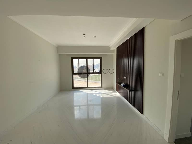 2 Unfurnished Corner 2BR | Open Kitchen | Ready to Move