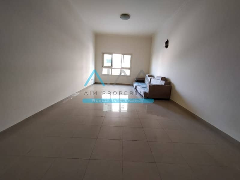 2 Grand 1 Bedroom Apartment For Sale In Silicon With Closed Kitchen