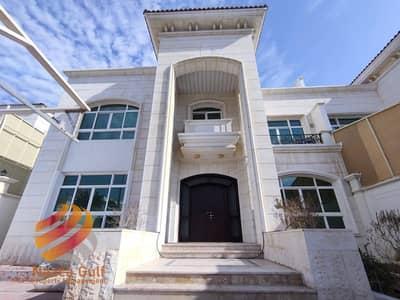 5 Bedroom Villa for Rent in Al Nahyan, Abu Dhabi - Gorgeous unique semi detached villa at best price ! Grab it now !
