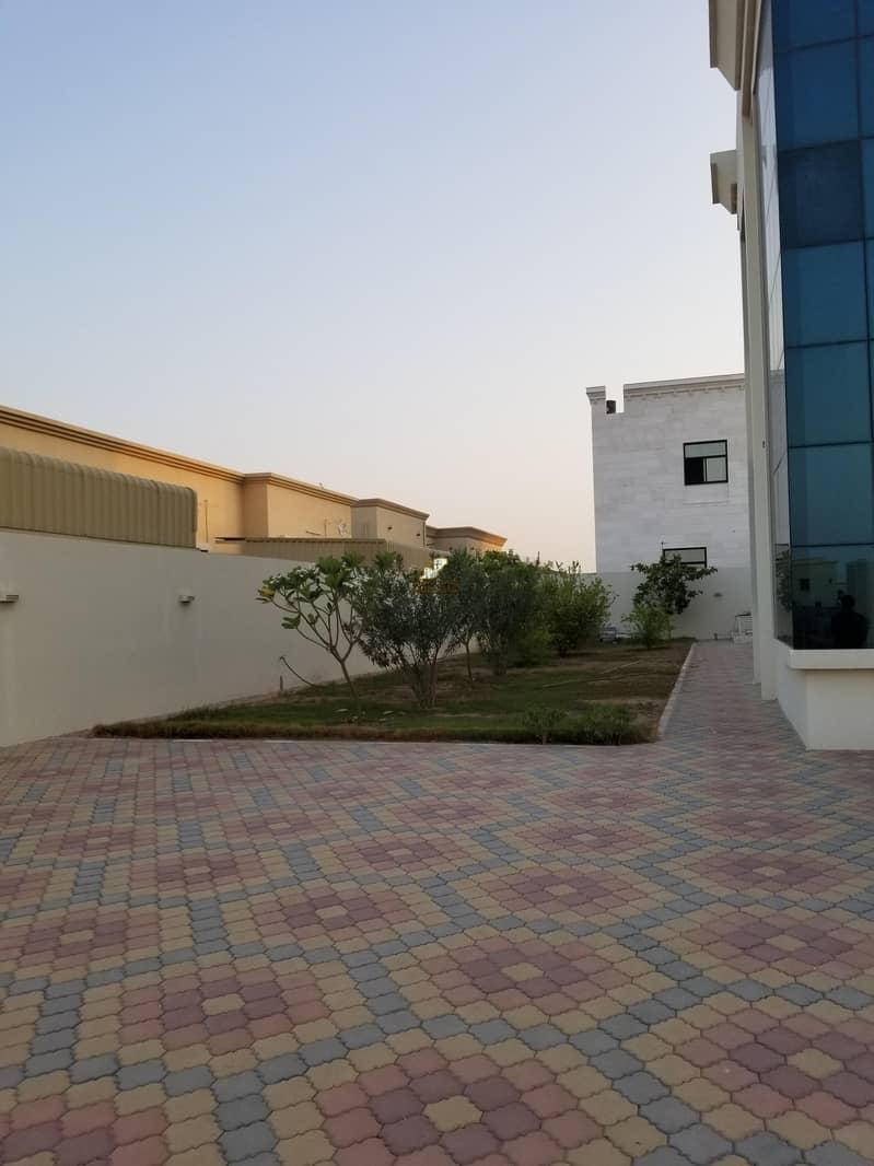 27 For sale an elegant villa in Al Hamidiyah