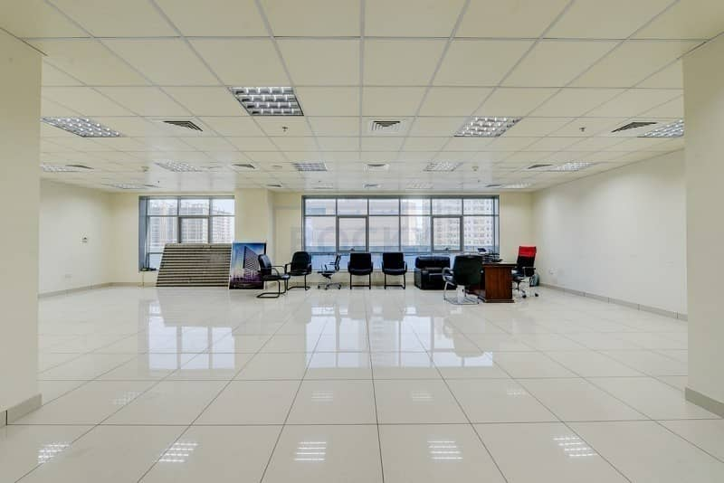 2 Amazing 950 Sq.Ft Office with Central A/C   Sharjah