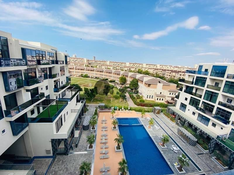 10 Spacious 2BHK | Pool View | Laundry and Storage