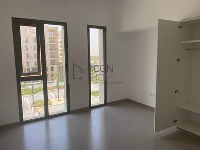 فلیٹ 2 غرفة نوم للبيع في تاون سكوير، دبي - BIG LAYOUT | ROAD VIEW | 2 BEDROOM WITH BALCONY | LAUNDRY | HAYAT BLVD | TOWN SQUARE