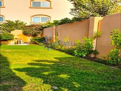 فیلا 5 غرف نوم للبيع في الريف، أبوظبي - Double Row | Well Maintained Luxurious Villa