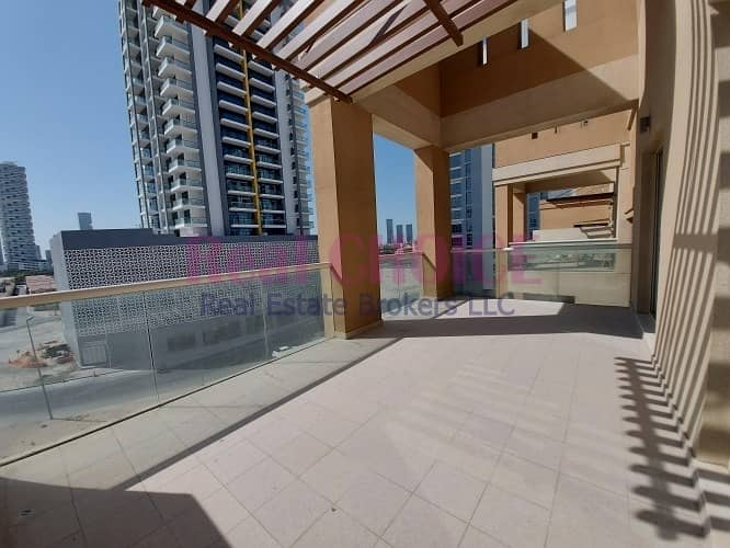 18 Huge Terrace Open Community View | Great Amenities