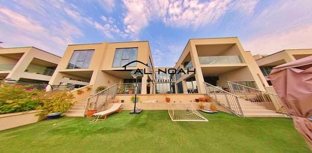 فیلا 4 غرف نوم للبيع في شاطئ الراحة، أبوظبي - Spectacular 4 BR Podium Villa | Private Pool w/ Private Beach Access | Superb Location!