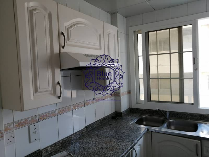 11 Good 1bhk with huge bolcony only 41k 4 cheqes payment