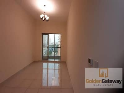 Studio for Rent in Dubai Sports City, Dubai - Massive Studio+Storage and Kitchen Appliances