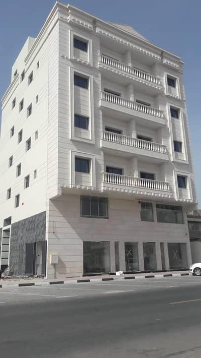 مبنی تجاري  للبيع في الحميدية، عجمان - فرصه لعشاق الاستثمار بنايه تجاريه مربحه