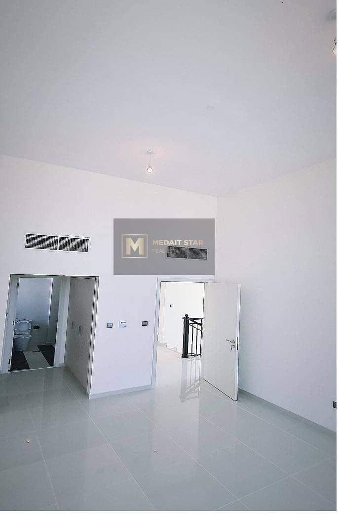 2 3 BEDROOM VILLA IN IN AL YUFRAH 2