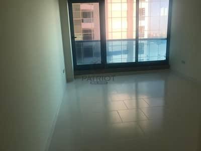شقة 2 غرفة نوم للايجار في شارع الشيخ زايد، دبي - Spacious 2BR Apartment With Huge Balcony  Chiller Free