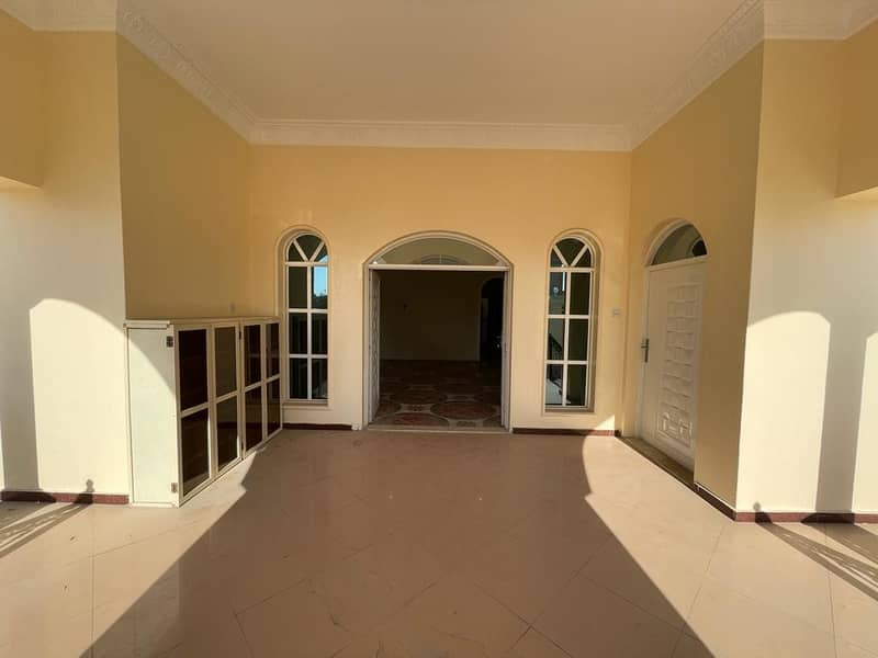STYLISH FULLY RENOVATED G. F 4BHK VILLA WITH MAID ROOM