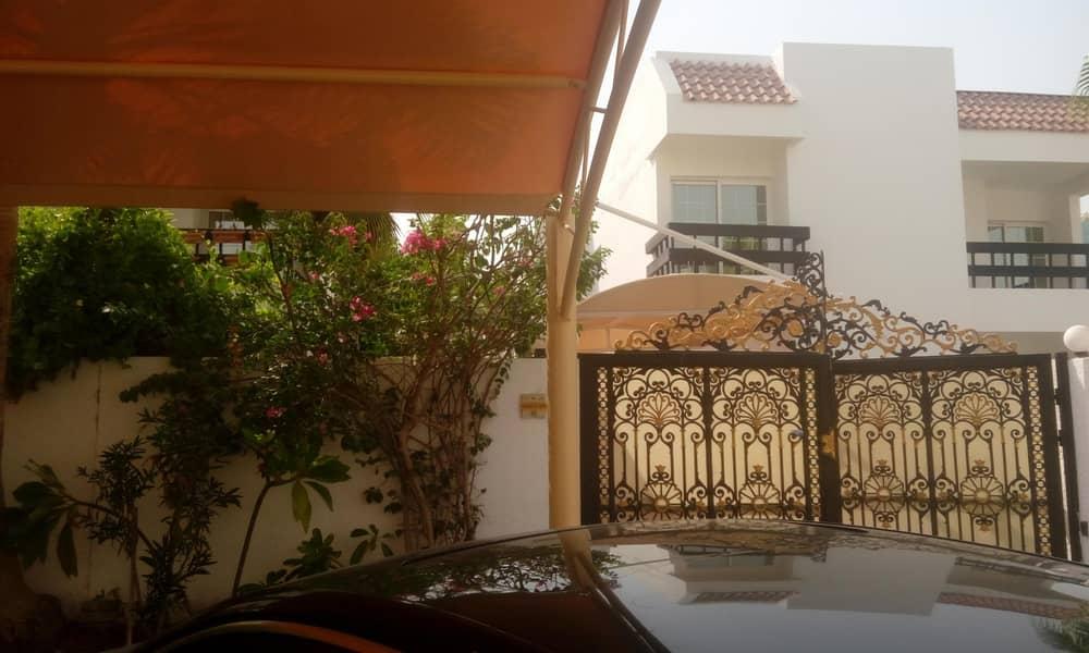 Independent villa 5 bed+maid's | large garden