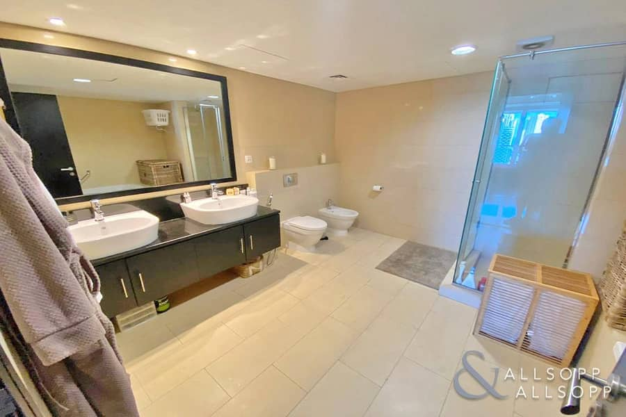 10 1 Bedroom | Large Layout Apt | Balcony