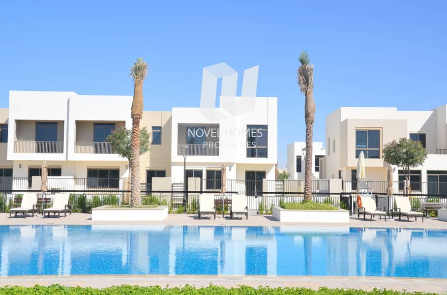 Exclusive 4BR TownHouse in Town Square Zahra